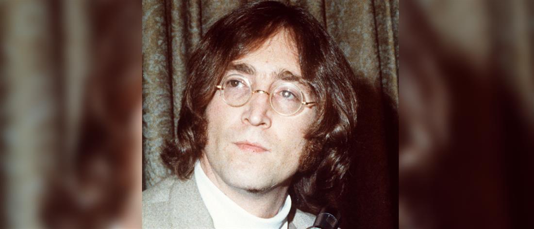 Σε δημοπρασία οι τελευταίες φωτογραφίες του Τζον Λένον με τον δολοφόνο του (εικόνες)