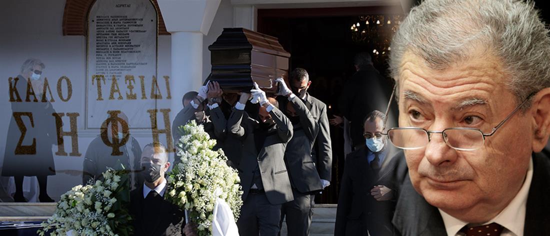Σήφης Βαλυράκης - κηδεία: Θλίψη και οδύνη στο ύστατο χαίρε (φωτο)