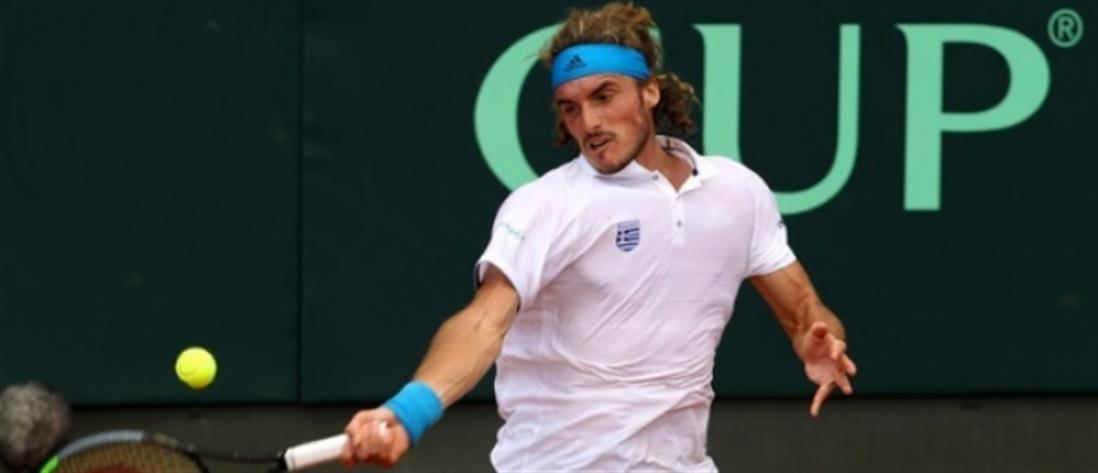 Davis Cup: νίκησε ο Τσιτσιπάς… προκρίθηκε η Ελλάδα