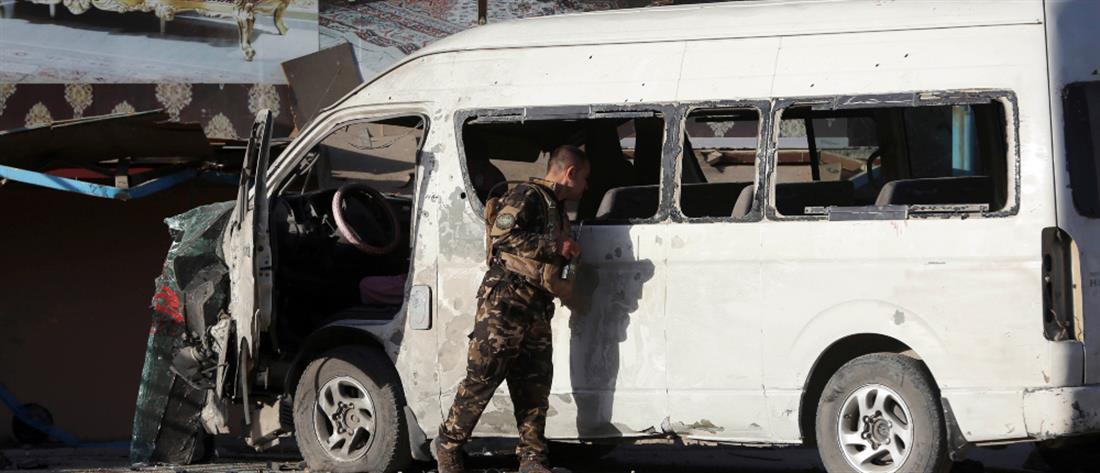 Βομβιστική επίθεση σε υπαλλήλους τηλεοπτικού σταθμού (εικόνες)
