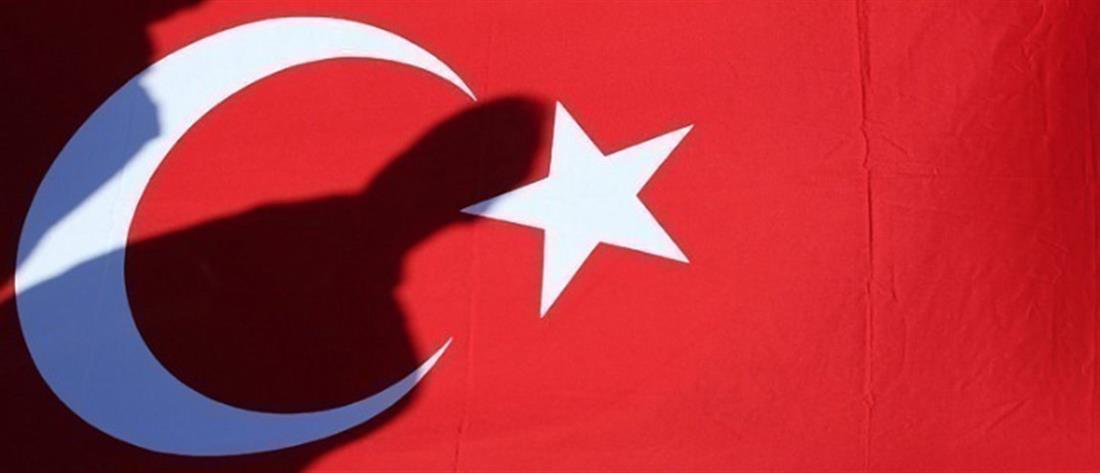 Τουρκία: προς απαγόρευση ο... Μπαγκς Μπάνι και τα Χελωνονιντζάκια!