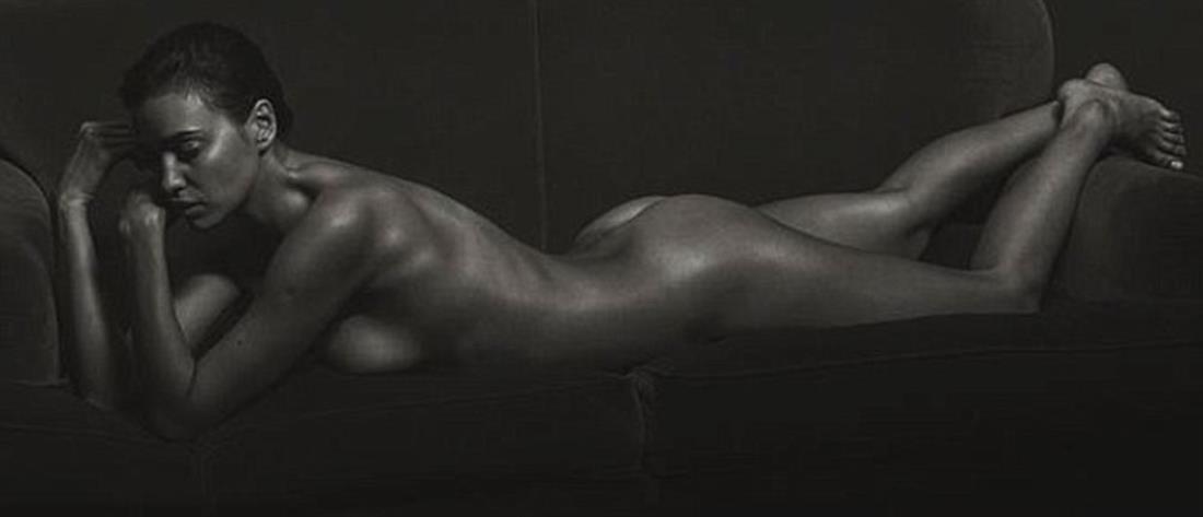 Όμορφη σέξι γυμνό μοντέλα