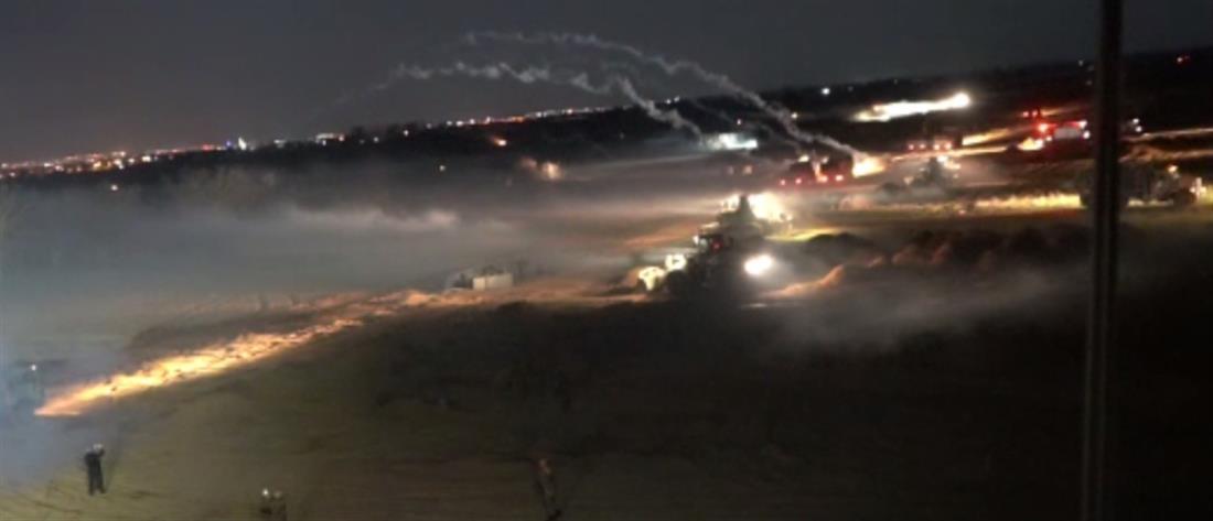 """Έβρος: """"προπέτασμα καπνού"""" με δακρυγόνα στην απόπειρα για """"τρύπημα"""" του φράχτη (βίντεο)"""