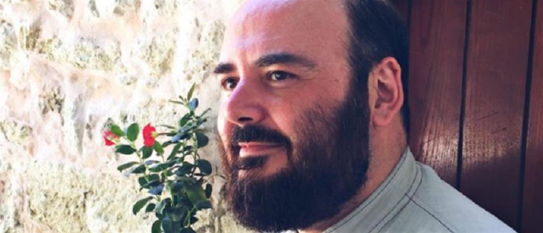 """Ο ιερέας από την Κρήτη """"ξαναχτυπά"""": γατί είπα """"μπράβο"""" στην αποτυχία του γιού μου"""