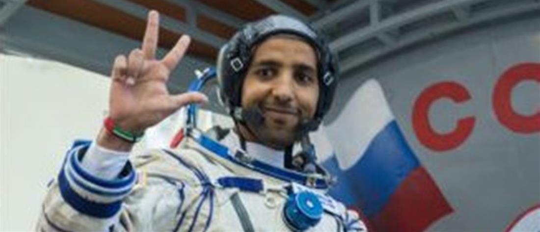 """Ο πρώτος αστροναύτης των Εμιράτων που θα """"πετάξει"""" στο διάστημα (εικόνα)"""