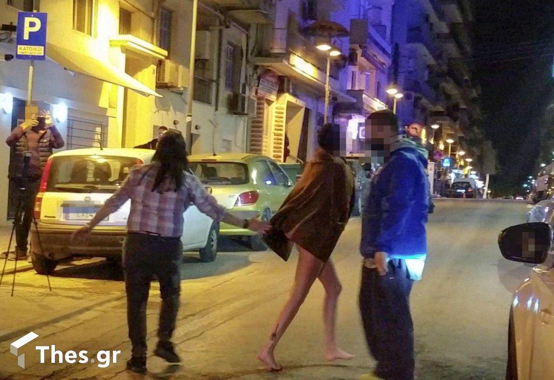 γυμνή  - θεσσαλονίκη