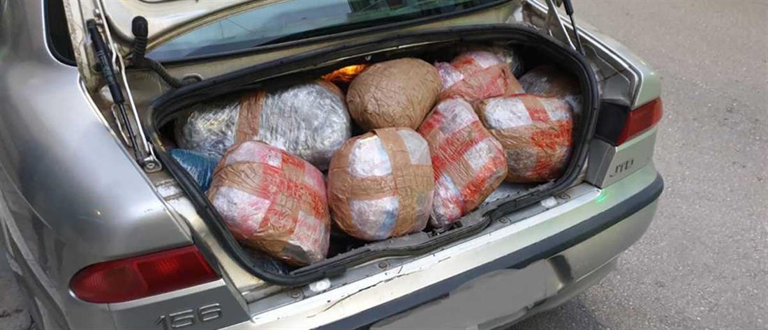 Συνελήφθη οδηγός που μετέφερε 107 κιλά κάνναβης