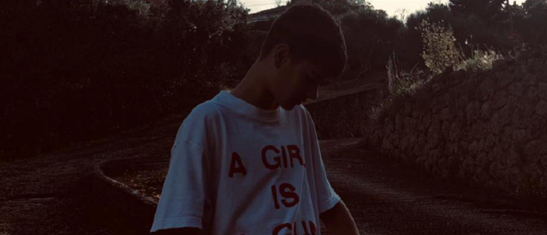 Θρήνος για τον 14χρονο Σπύρο που χτυπήθηκε από μηχανή