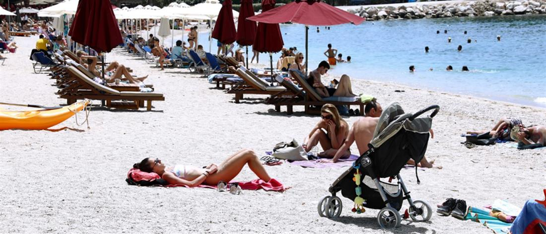 Lockdown: γέμισαν οι παραλίες - μποτιλιάρισμα στους δρόμους (εικόνες)
