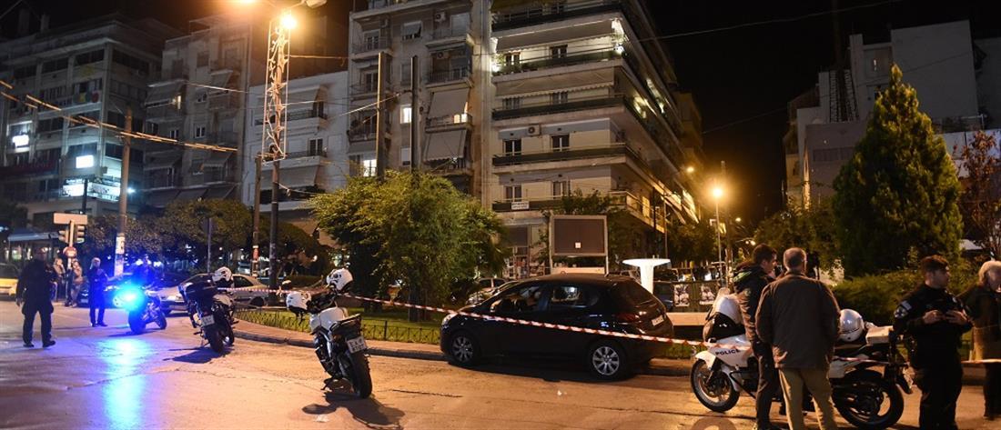 """""""Γάζωσαν"""" αυτοκίνητο με δύο επιβαίνοντες στο Παγκράτι"""