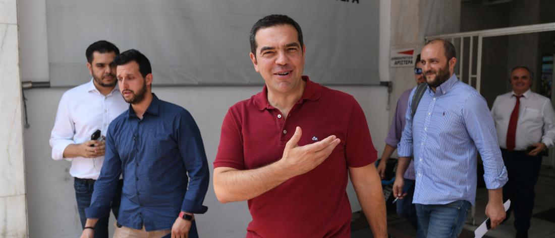 Τσίπρας: κοινός στόχος ένα μαζικό λαϊκό κόμμα