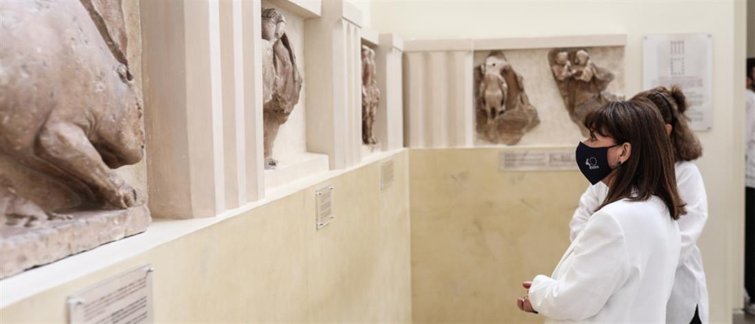 Δελφοί - Σακελλαροπούλου: Ξενάγηση στον αρχαιολογικό χώρο και στο Μουσείο (εικόνες)