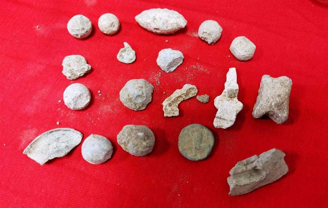 Σέρρες - αρχαιοκάπηλος