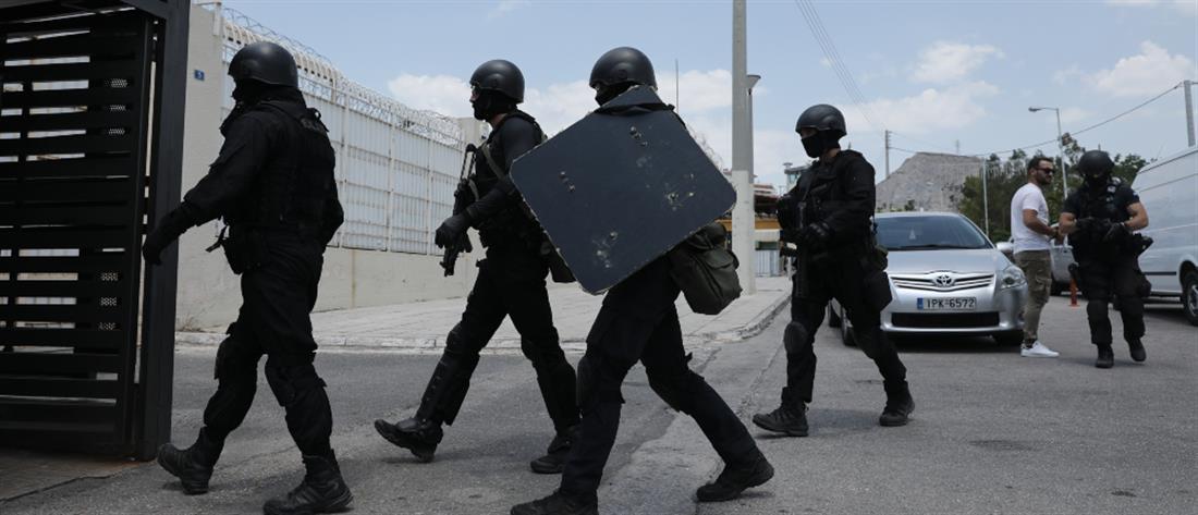 Άγριες συμπλοκές στις φυλακές Κορυδαλλού