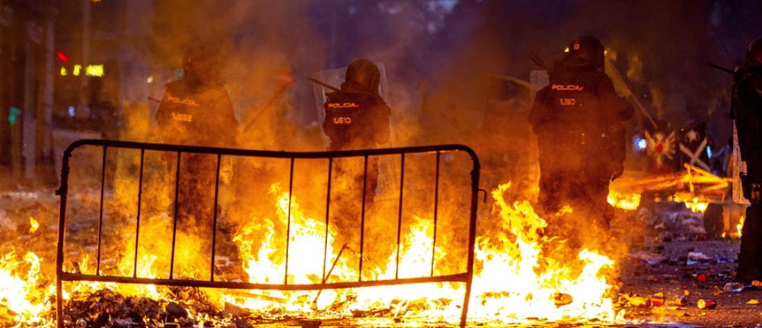 Οδομαχίες στη Βαρκελώνη (εικόνες)