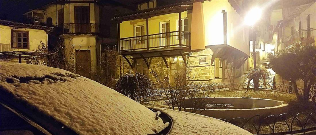 Έπεσε χιόνι στη Χαλκιδική (εικόνες)