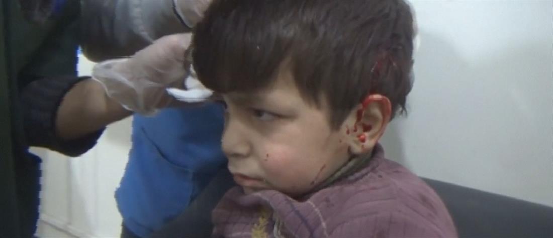 Δεκάδες νεκροί σε νέες επιδρομές σε προάστιο της Δαμασκού (βίντεο)