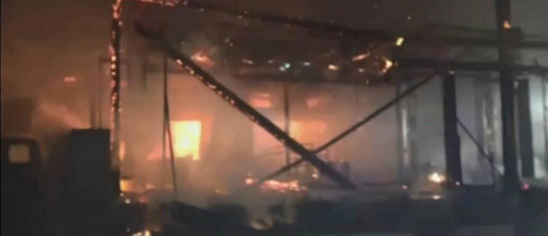 """Μύκονος: """"Στάχτη"""" έγινε το εστιατόριο από την φωτιά (βίντεο)"""