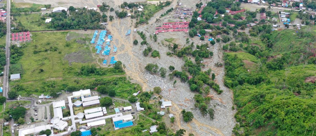 Ραγδαία αύξηση του αριθμού των νεκρών από τις πλημμύρες στην Ινδονησία