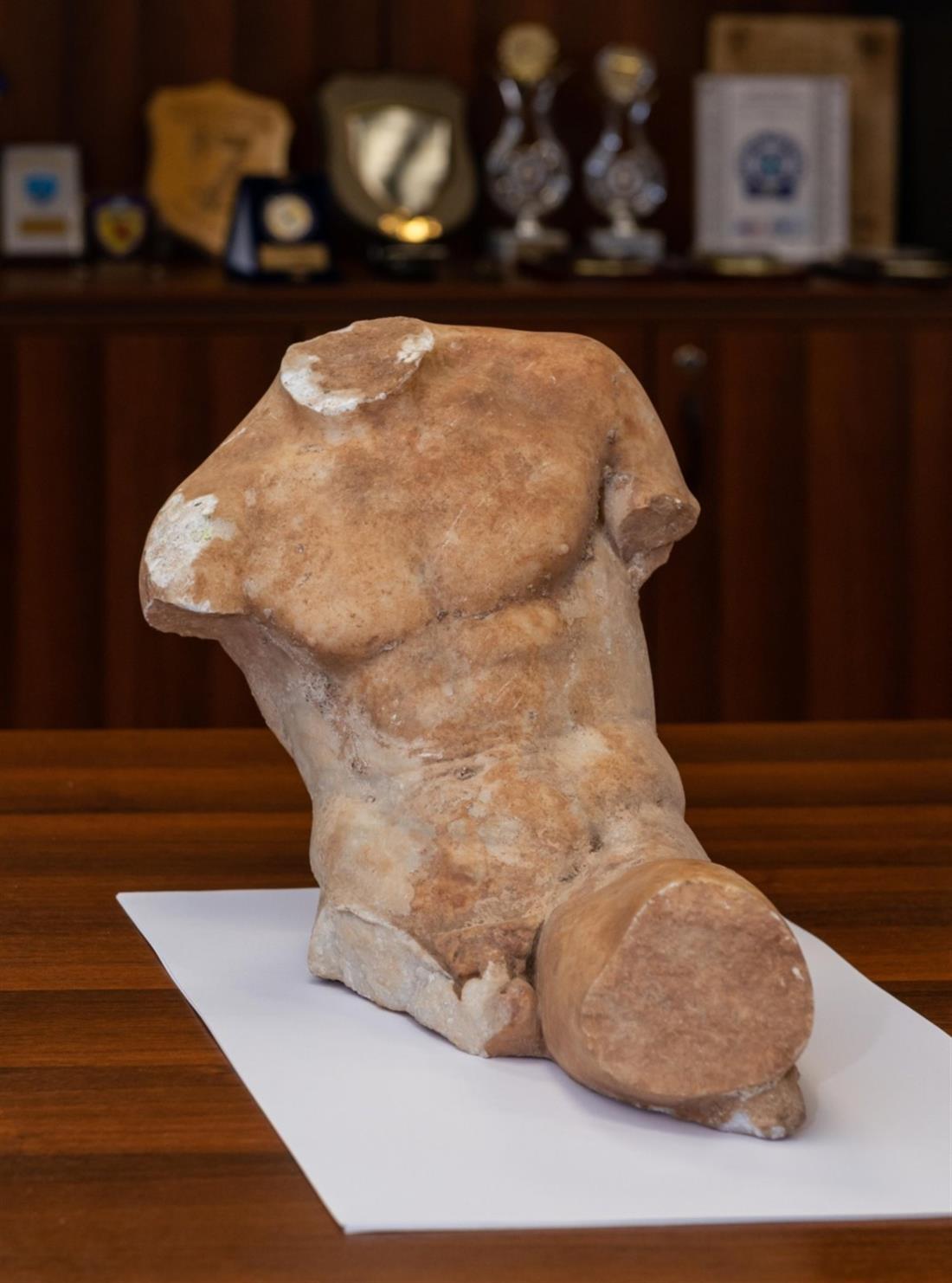 Αρχαίο άγαλμα - ΕΛΑΣ - Υπουργείο Πολιτισμού