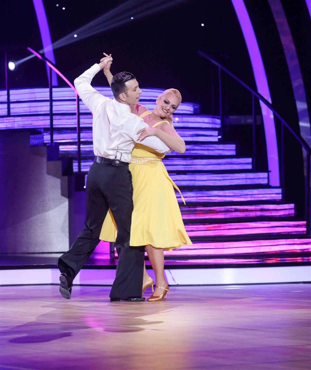 Χριστίνα Λαμπίρη - DANCING WITH THE STARS - LIVE 1