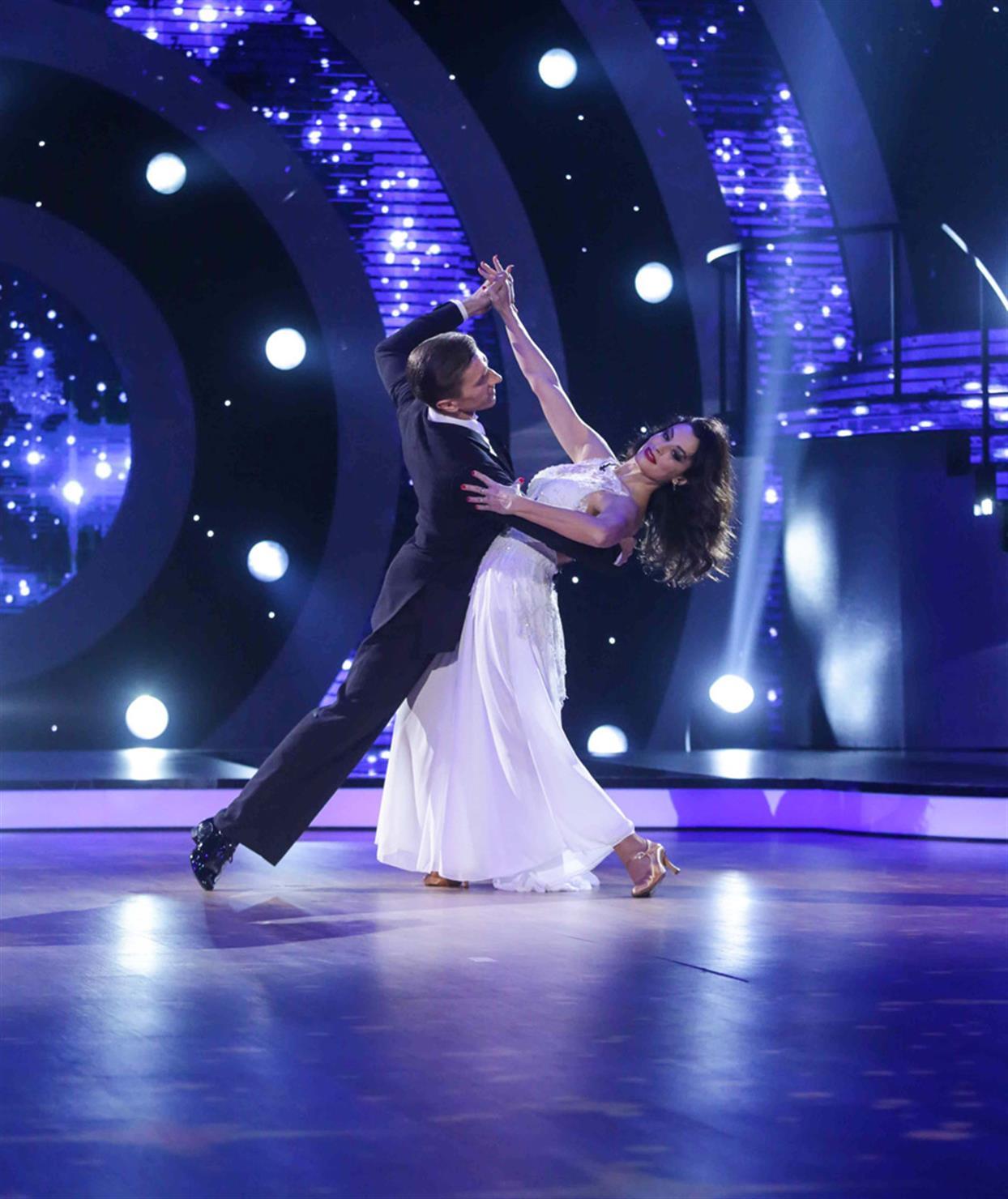 Δωροθέα Μερκούρη - DANCING WITH THE STARS - LIVE 1