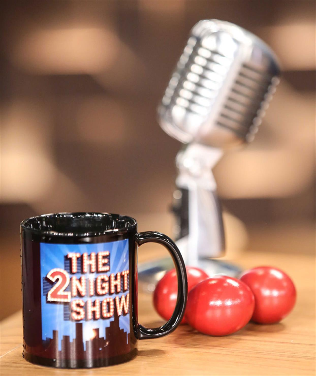 THE 2NIGHT SHOW - 1/5