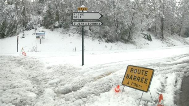 Έπεσαν χιόνια στη Γαλλία