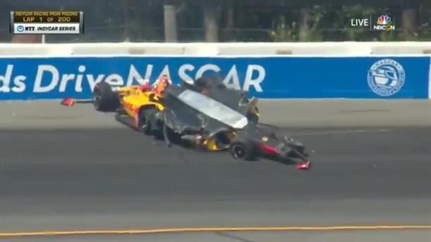 Τρομακτικό ατύχημα σε αγώνα IndyCar
