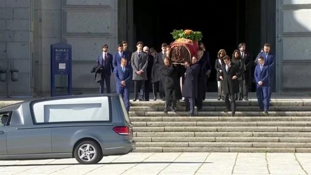 Ισπανία: εκταφή των οστών του δικτάτορα Φράνκο
