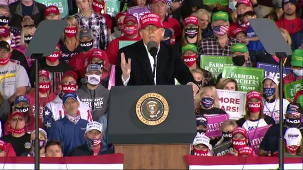 Αμερικανικές εκλογές 2020: Προεκλογική συγκέντρωση Τραμπ στην Αϊόβα
