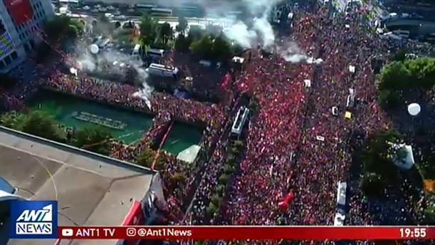 Λαμπρή υποδοχή του Ιμάμογλου στο Δημαρχείο Κωνσταντινούπολης