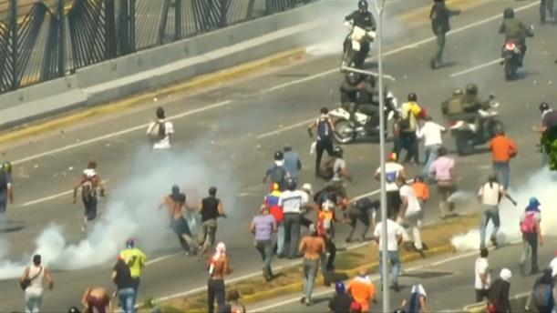 Aπόλυτο χάος στη Βενεζουέλα