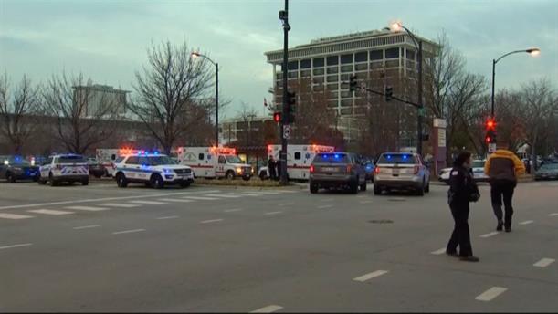 Ένοπλος άνοιξε πυρ μέσα σε νοσοκομείο στο Σικάγο