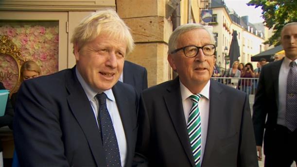 Συνάντηση Μπόρις Τζόνσον με τον Ζαν-Κλοντ Γιούνκερ για το Brexit