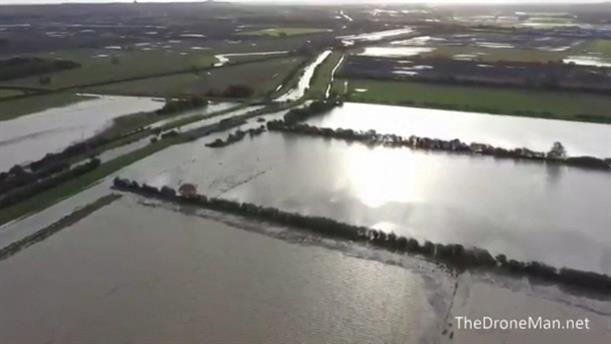 Πλημμύρες από τις ισχυρές καταιγίδες στην Αγγλία