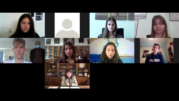 Διαδικτυακή συνομιλία Σακελλαροπούλου - μαθητών για την Ημέρα της Γυναίκας