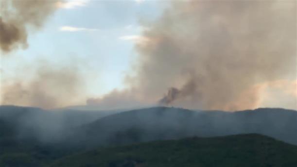 Μεγάλη δασική πυρκαγιά στο Αγρίνιο