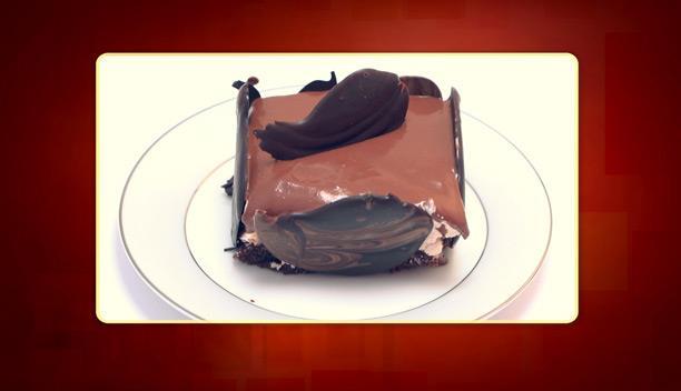 Πάστα ψυγείου με παντεσπάνι, κρέμα και σοκολάτα γκανάζ της Ελένης - Επιδόρπιο - Επεισόδιο 32