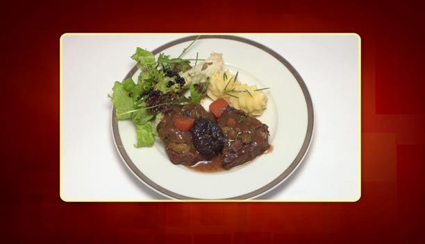 Μοσχαράκι στη γάστρα με πουρέ πατάτας της Πωλίνας - Κυρίως πιάτο - Επεισόδιο 36