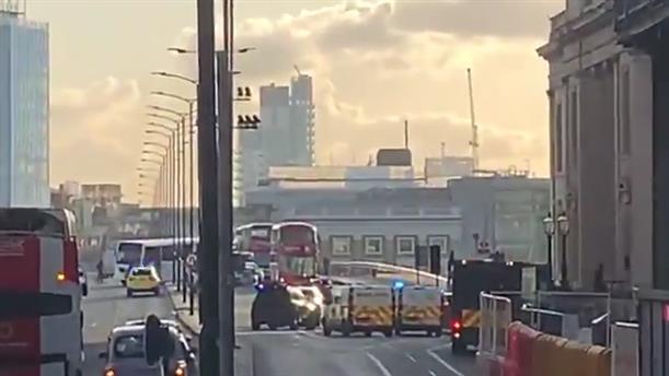 Εκκενώθηκε γέφυρα στο Λονδίνο