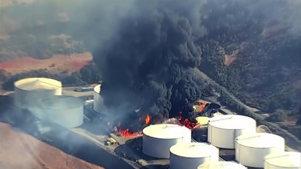 Σαν Φρανσίσκο: Φωτιά σε χώρο αποθήκευσης πετρελαίου