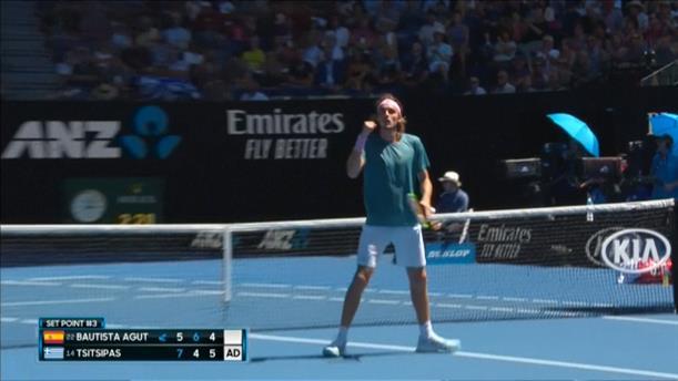 Πρόκριση του Τσιτσιπά στον ημιτελικό του Australian Open