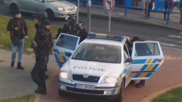 Πυροβολισμοί σε νοσοκομείο στην Τσεχία