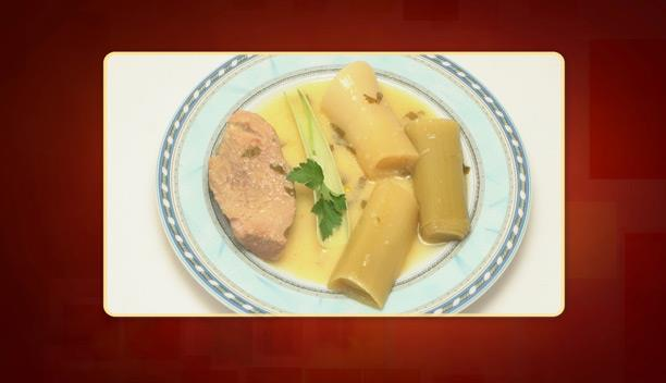 Χοιρινό με πράσο και σέλινο αβγολέμονο του Τάσου - Κυρίως πιάτο - Επεισόδιο 69