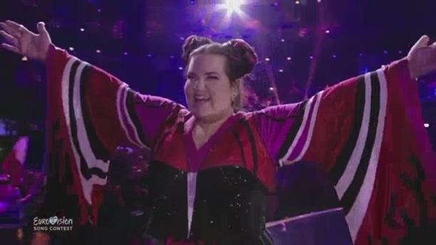 Η εμφάνιση της Νέττα στην έναρξη του Ημιτελικού της Eurovision 2019