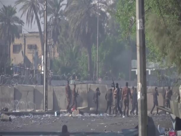 Πολύνεκρες ταραχές ξέσπασαν στο Ιράκ