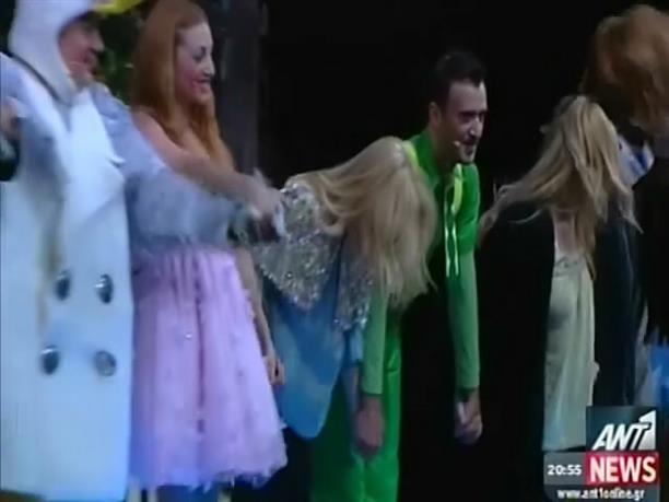 Εκατό θεατρικές παραστάσεις για τον Μάικ το Φασολάκη