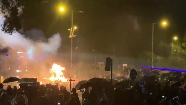 Εκρηκτική η κατάσταση στο Πολυτεχνείο του Χονγκ Κονγκ