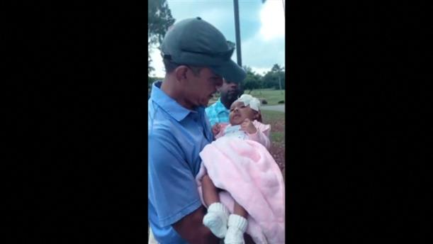 Ο Ομπάμα έδωσε την ευχή του σε νεογέννητο